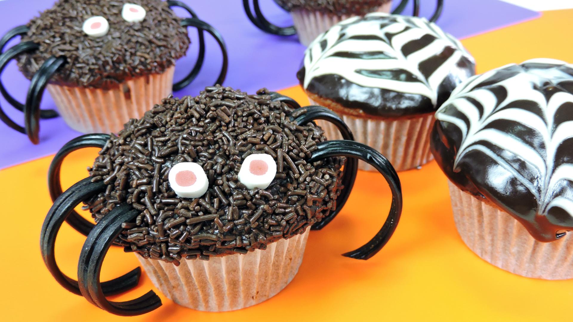 CUPCAKES-ARAÑA de CHOCOLATE (receta para Halloween)