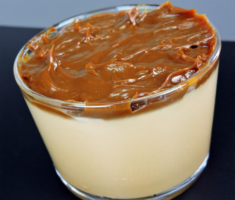 Panacota de dulce de leche (panna cotta)
