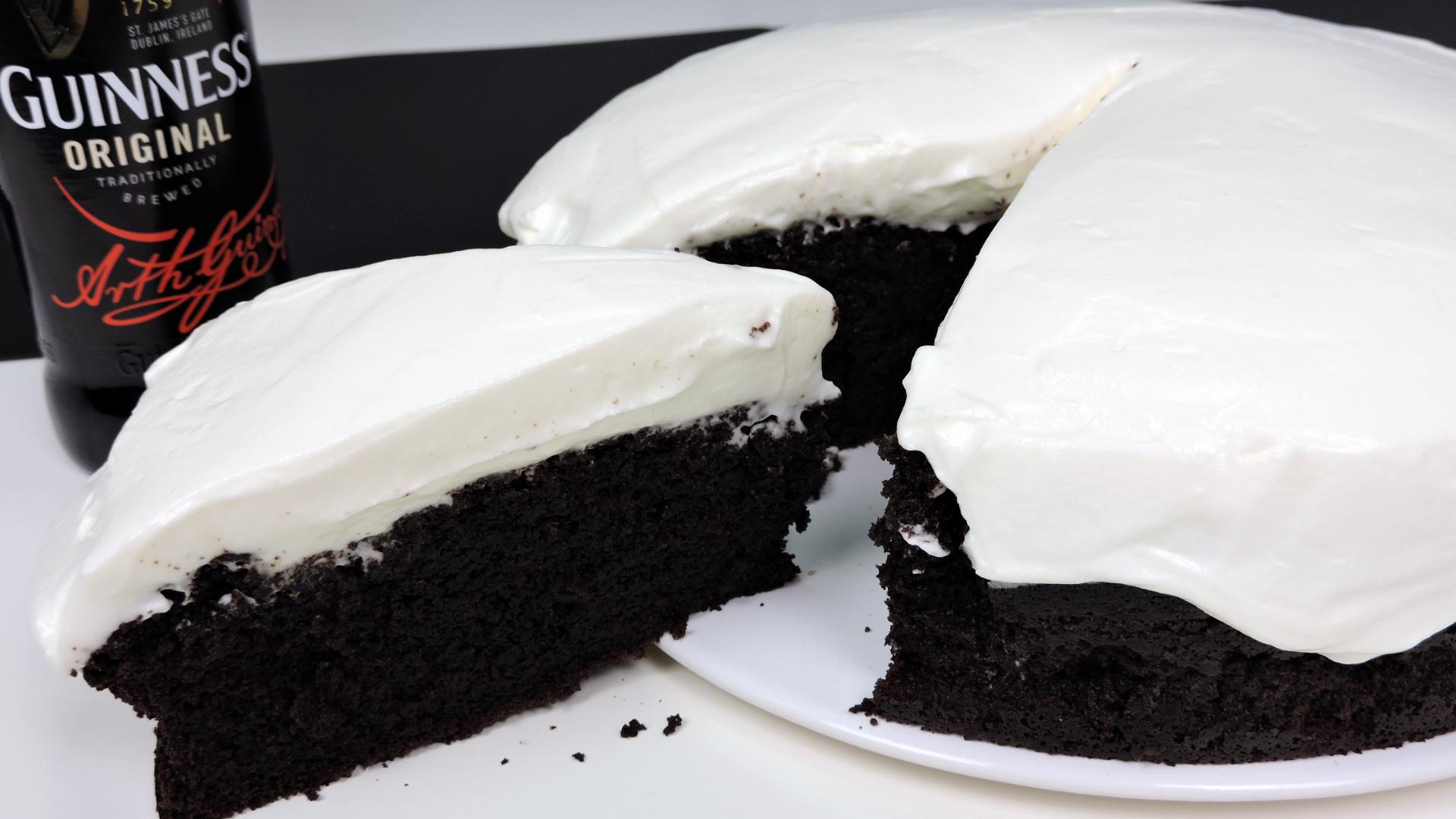Tarta Guinness (pastel de chocolate y cerveza Guinness)