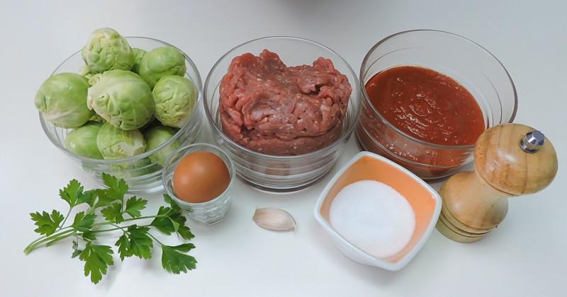 Ingredientes para las albóndigas rellenas de coles