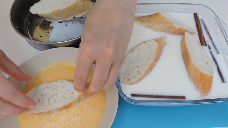 Pasando la torrija por huevo