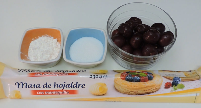 Ingredientes para la trenza de hojaldre con cerezas