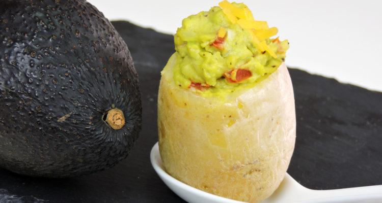 Patatas rellenas de guacamole