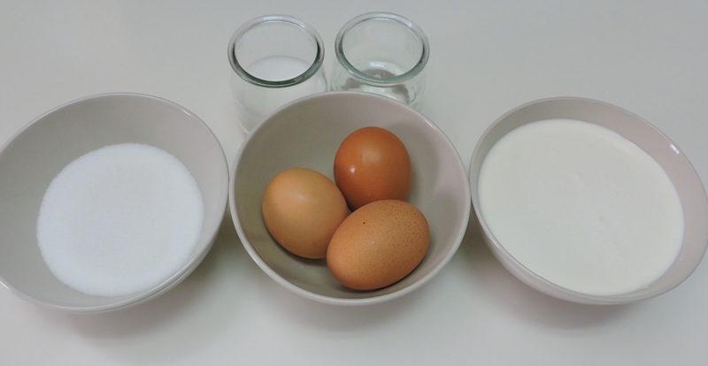 Ingredientes para el flan casero de huevo y nata
