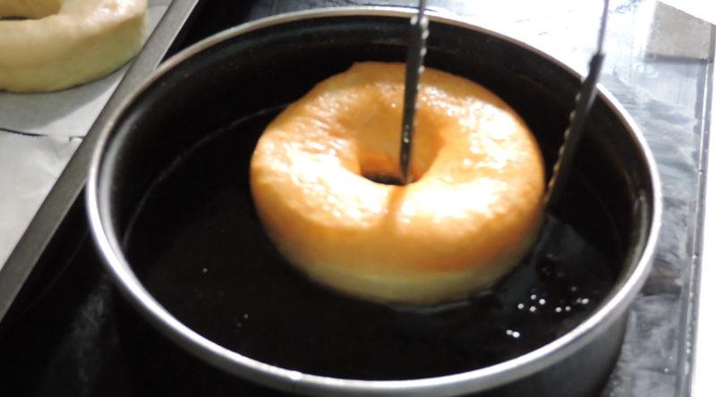 Friendo los donuts