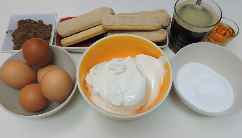 Ingredientes para preparar tiramisú