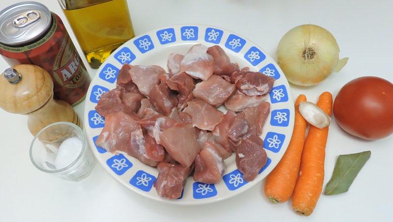 Ingredientes para la carne guisada a la cerveza