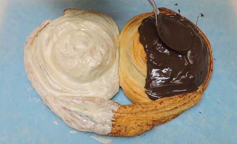 Cubriendo la palmera de chocolate