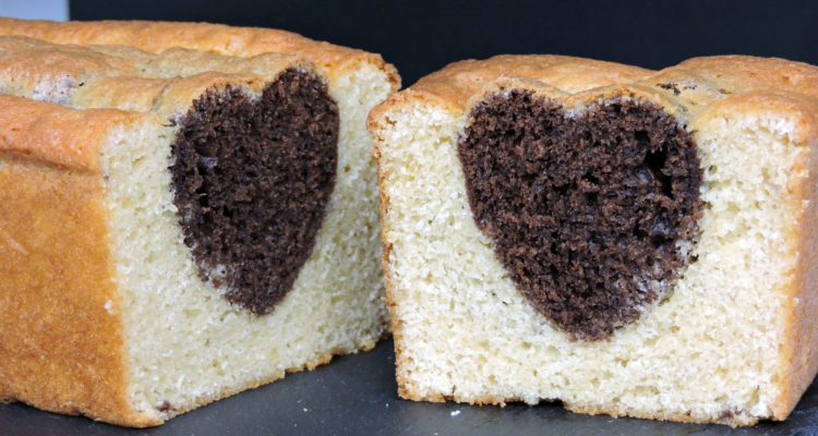 Bizcocho amoroso (de chocolate y vainilla)