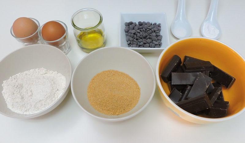 Ingredientes para las magdalenas de chocolate