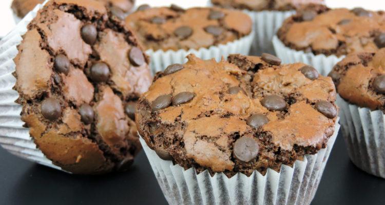 Magdalenas de chocolate saludables (bajas en grasa)
