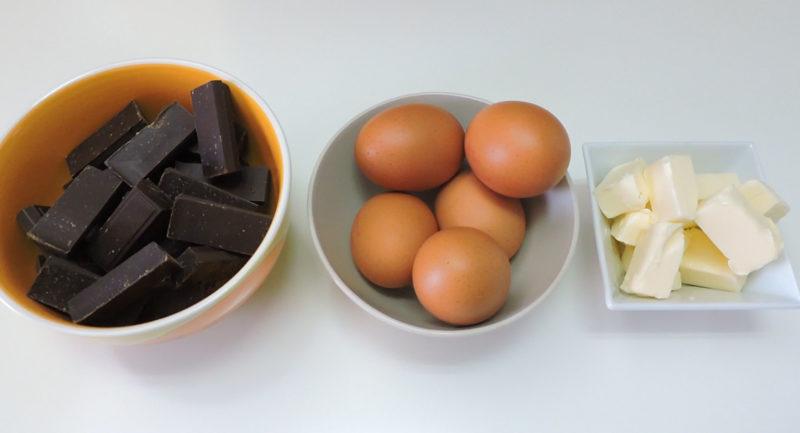 Ingredientes para el pastel de chocolate