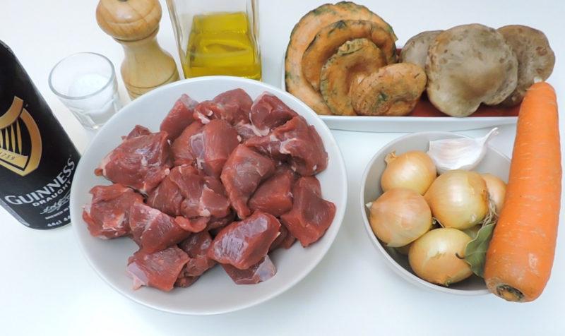 Ingredientes para el estofado de ternera con setas y cerveza negra