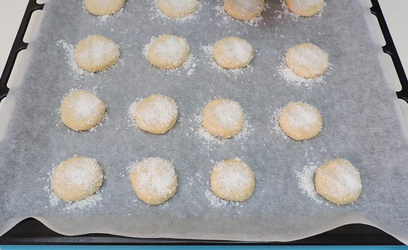Galletas de coco antes de hornear