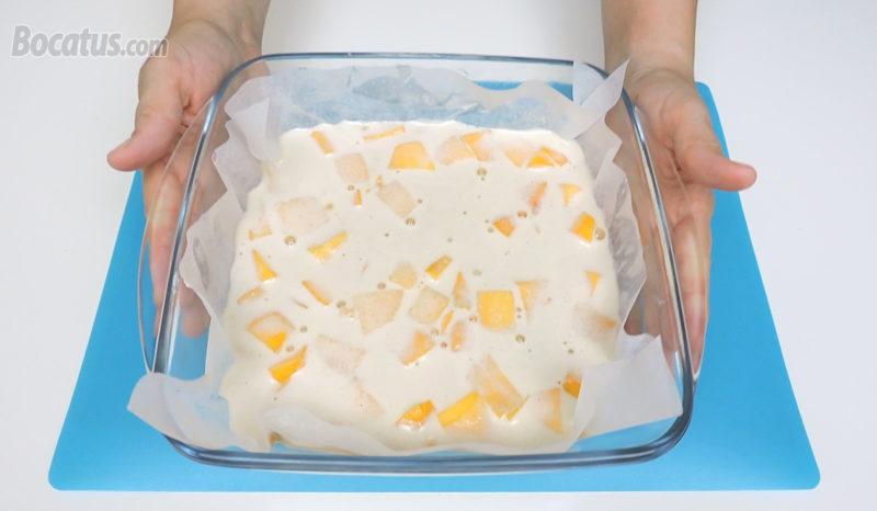 Tarta de melocotón antes de hornear