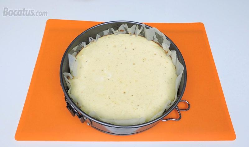 Tarta de queso recién horneada