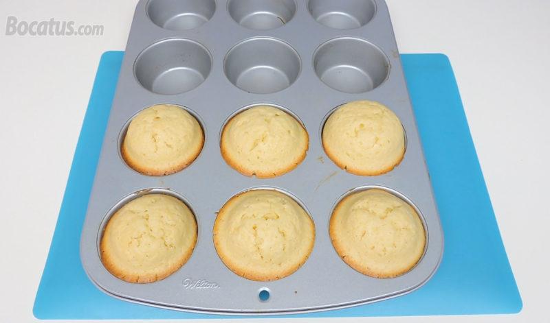 Bizcochitos de limón recién horneados