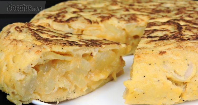 Receta de Tortilla de Patatas en el Microondas (fácil, rápida y baja en grasa)