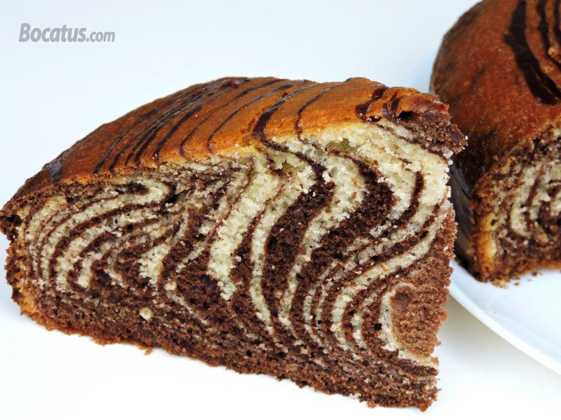 Bizcocho cebra de chocolate y vainilla