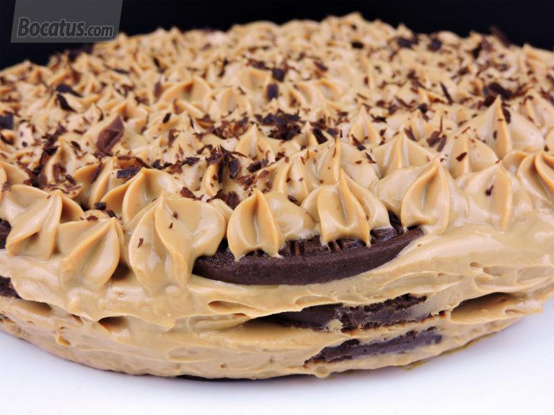 Tarta de galletas de chocolate y dulce de leche (Chocotorta)