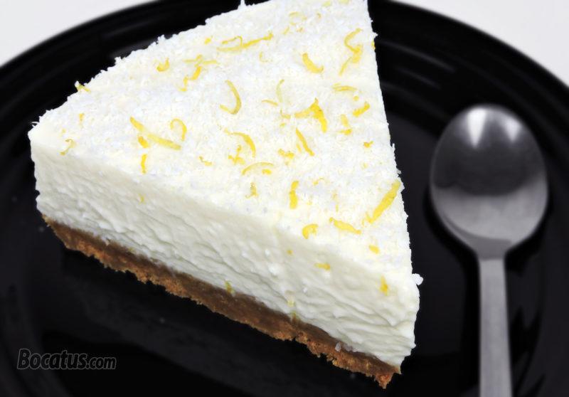 Tarta de queso con leche condensada, limón y coco