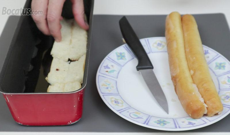 Colocando los fartons en el molde caramelizado