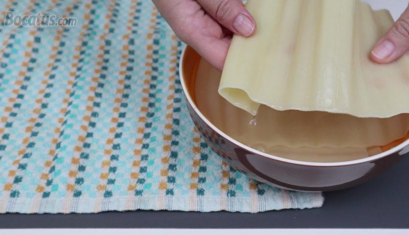 Placas de lasaña hidratadas