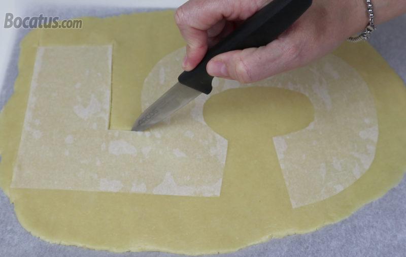 Dando forma a la masa de galleta