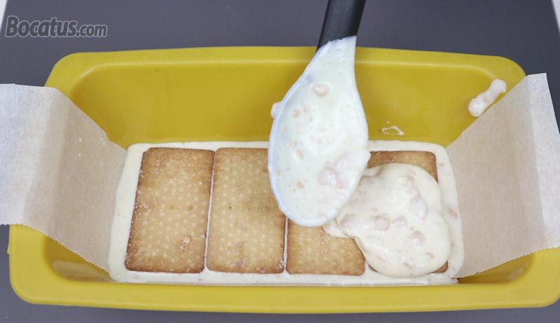 Montando la tarta de galletas y turrón