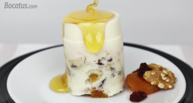TARTA de QUESO con miel y frutos secos (ligera, fácil y sin horno)