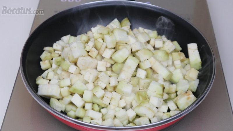 Cocinando la berenjena