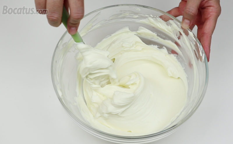 Preparando la mousse de queso